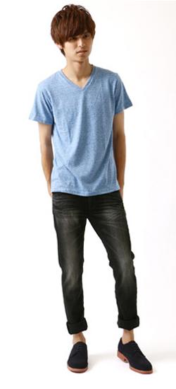 Tシャツとジーンズの着こなし